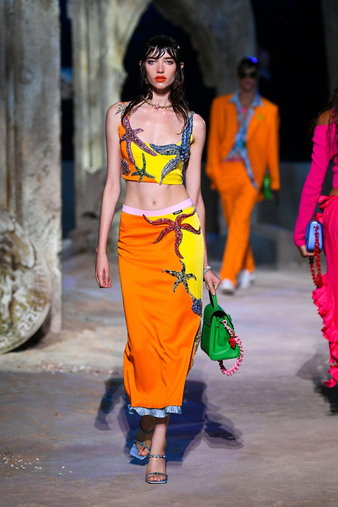 Versace primăvară-vară 2021