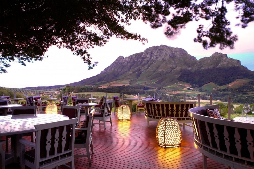 498505-delaire_graff_restaurant_deck-1500x1000-1000-3ec3146e1d-1475746435
