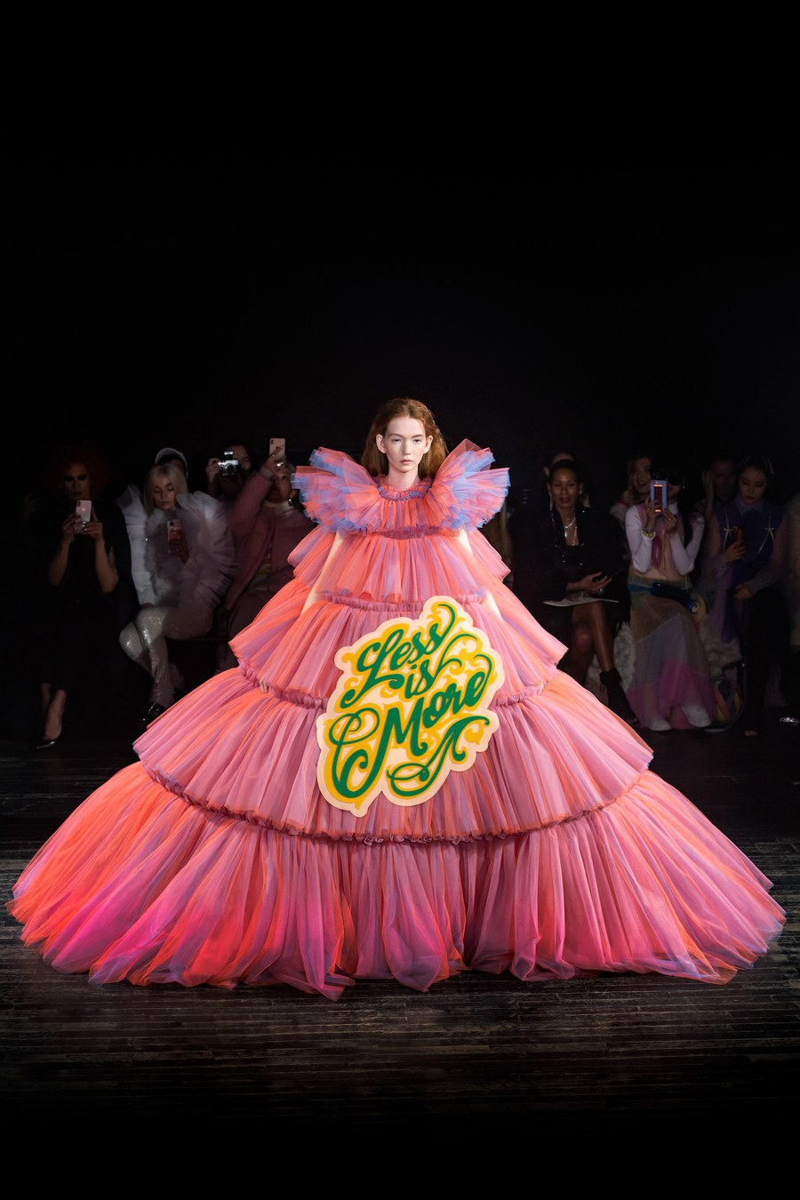 Viktor and Rolf Couture 2019