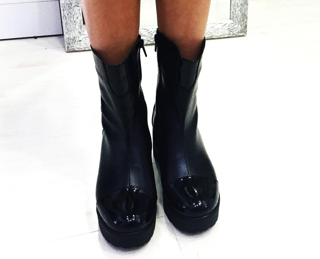 cizme negre cu talpa groasa