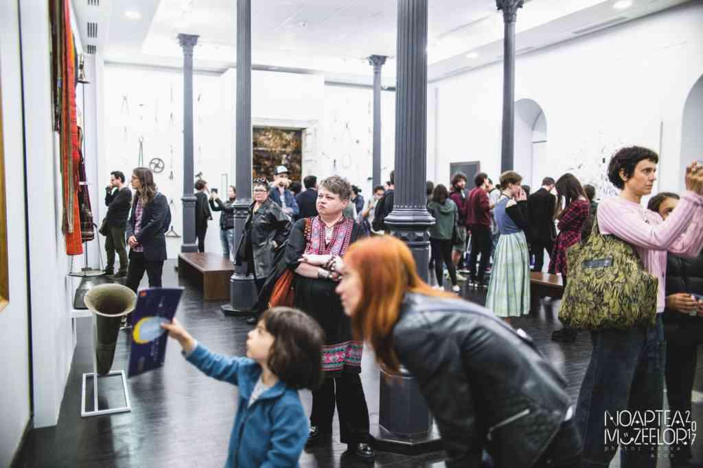 redeschiderea muzeelor